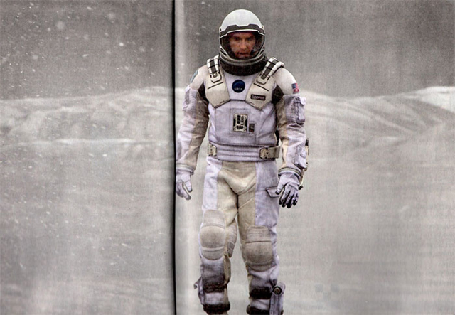 Anne Hathaway and Matthew McConaughey Featured in Two New Interstellar Images