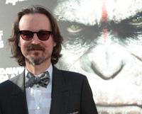 Dawn of the Planet of the Apes' Matt Reeves Targets The Invisible Woman
