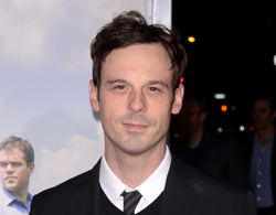 Batman v Superman: Dawn of Justice Adds Scoot McNairy