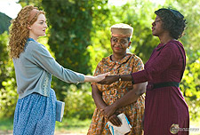 thehelpboxfour The Help Tops the Holiday Weekend Box Office